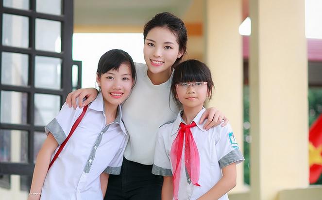 Nguyễn Cao Kỳ Duyên giản dị, xinh đẹp bên Xuân Bắc, Tự Long 4
