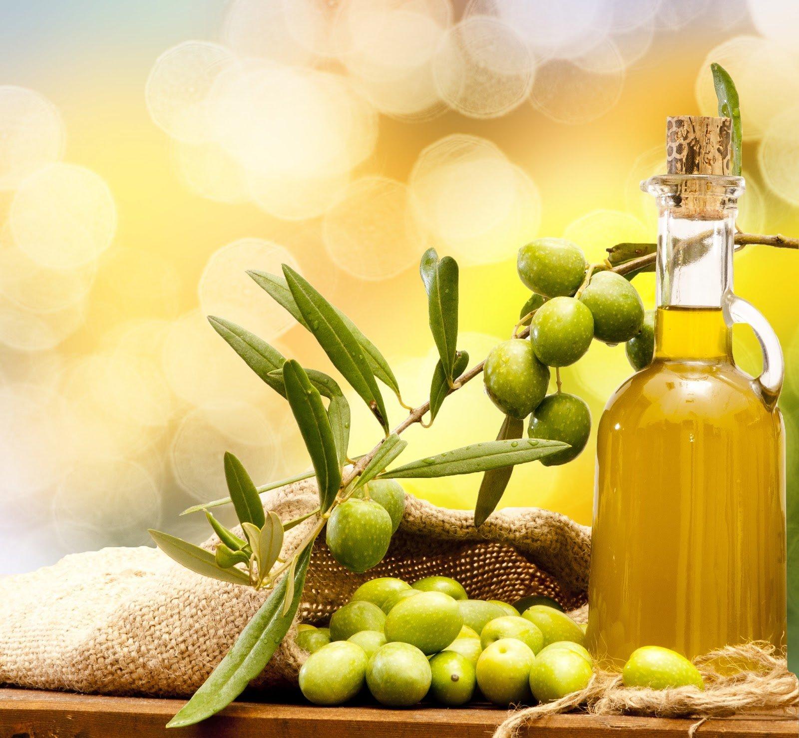 7 cách dưỡng da mặt bằng dầu oliu đơn giản hiệu quả 2