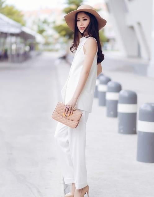 Học lỏm phong cách thời trang xuống phố của sao Việt 2