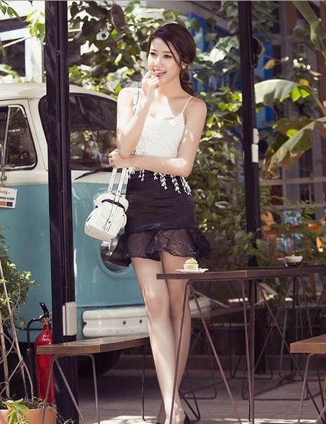 Học lỏm phong cách thời trang xuống phố của sao Việt 4