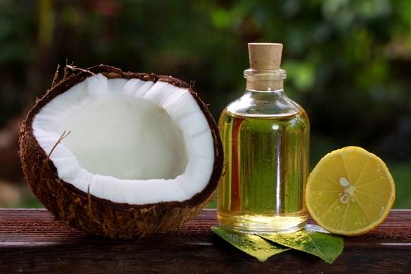 6 cách dưỡng da mặt bằng dầu dừa tự nhiên và hiệu quả 2
