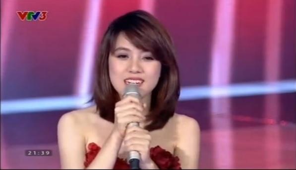 Giọng hát Việt 2015 tập 4: Tuấn Hưng cầm giầy, Thu Phương cởi áo tặng thí sinh 7