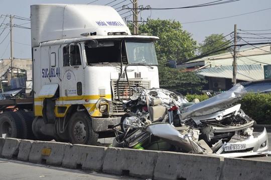 Vụ tai nạn làm 5 người chết: Tài xế từng gây tai nạn, ngồi tù 1