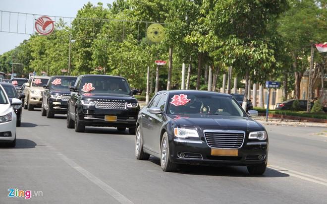 Choáng với dàn Rolls-Royce siêu sang và môtô 3 bánh đi rước dâu ở Nghệ An 3