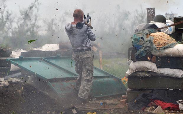Xung đột miền đông Ukraine khiến hơn 6.400 người thiệt mạng 1