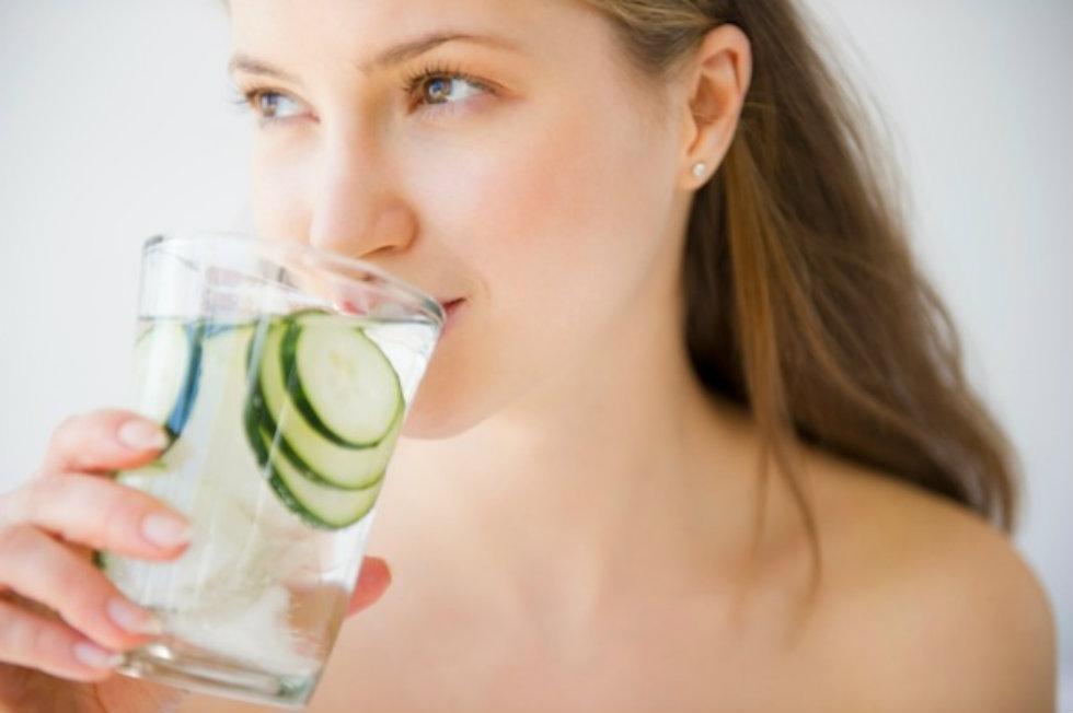 Cách chăm sóc da mặt vào mùa hè với 6 nguyên tắc đơn giản 6