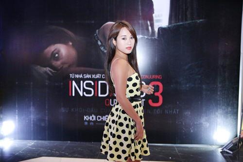 Con gái Thanh Lam nhí nhảnh đi xem phim Insidious 3 – Qủy Quyệt 10