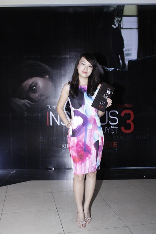 Con gái Thanh Lam nhí nhảnh đi xem phim Insidious 3 – Qủy Quyệt 4