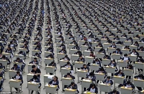 Trung Quốc chống gian lận thi cử bằng máy bay không người lái  1