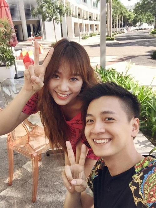 Facebook sao Việt: Hà Hồ giới thiệu DVD 2014, Hương Tràm vào bếp nấu ăn 8