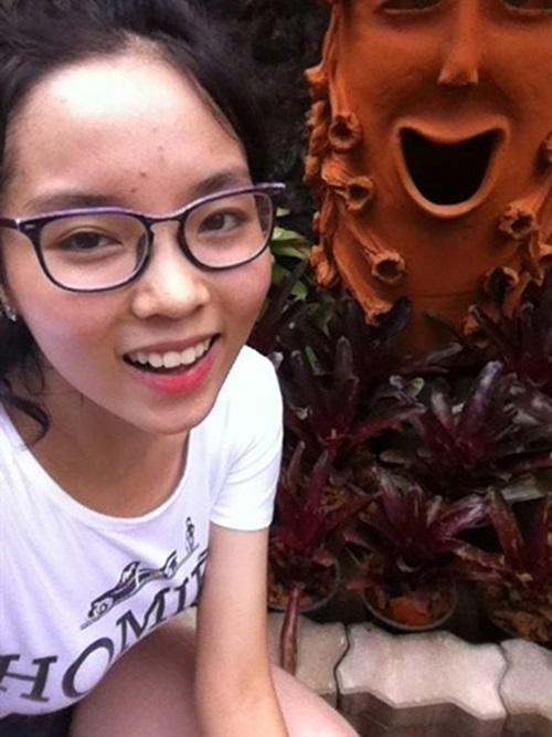 Hình ảnh Soi mặt mộc khi không son phấn của 4 hoa hậu Việt số 6