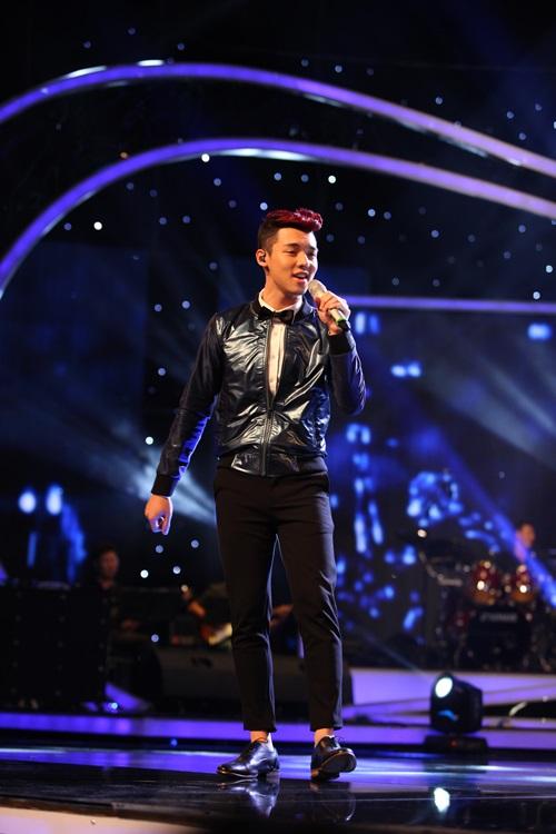 Vietnam Idol 2015 Gala 2: Trọng Hiếu được khen hát tiếng Việt tốt hơn Thanh Bùi 6