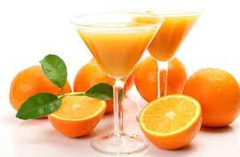 Bà bầu có nên uống nhiều nước cam không ? 1