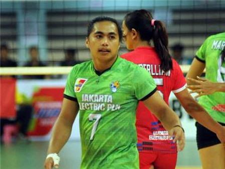 Sốc: Nữ vận động viên bóng chuyền Indonesia bị đề nghị kiểm tra giới tính 2