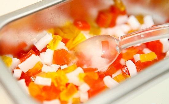 Hình ảnh Cách làm thạch rau câu sữa chua ngon ngọt mát lành số 5