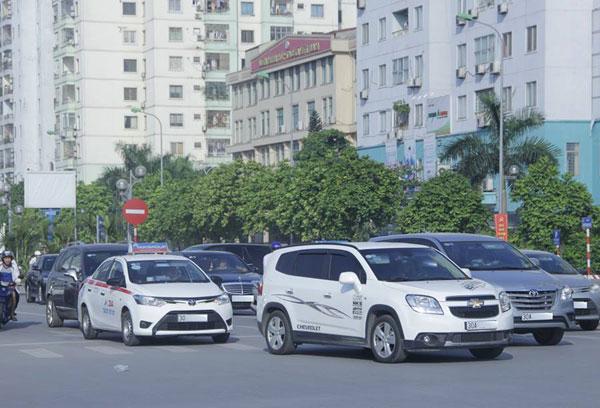 Giấy phép lái xe ô tô số tự động được cấp vào tháng 9 1