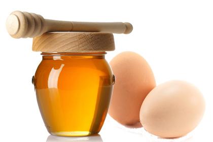 Cách trị mụn bằng mật ong và trứng gà cực hiệu quả cho phụ nữ 1