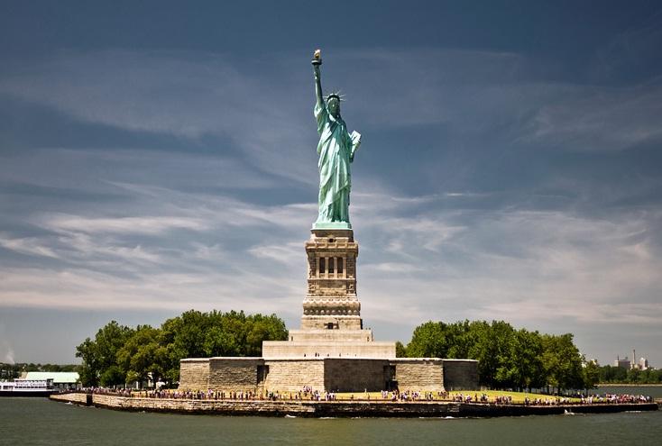 Tượng Nữ thần Tự do - món quà của nhân dân Pháp dành tặng