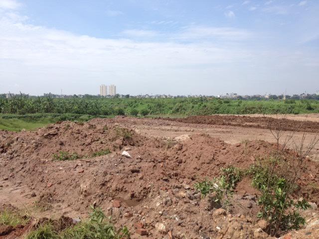 Hà Nội: tin đồn xây nghĩa trang ở bãi giữa sông Hồng