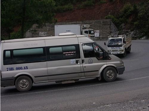 Xe giường nằm rơi xuống vực sâu hơn 100m, hơn 40 người gặp nạn 1