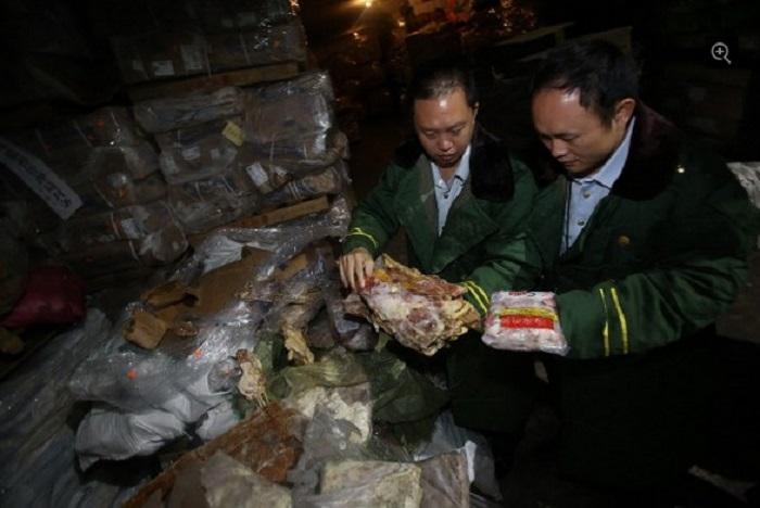 Ảnh: Kinh hoàng lô hàng 100.000 tấn thịt thối quá hạn 40 năm 4