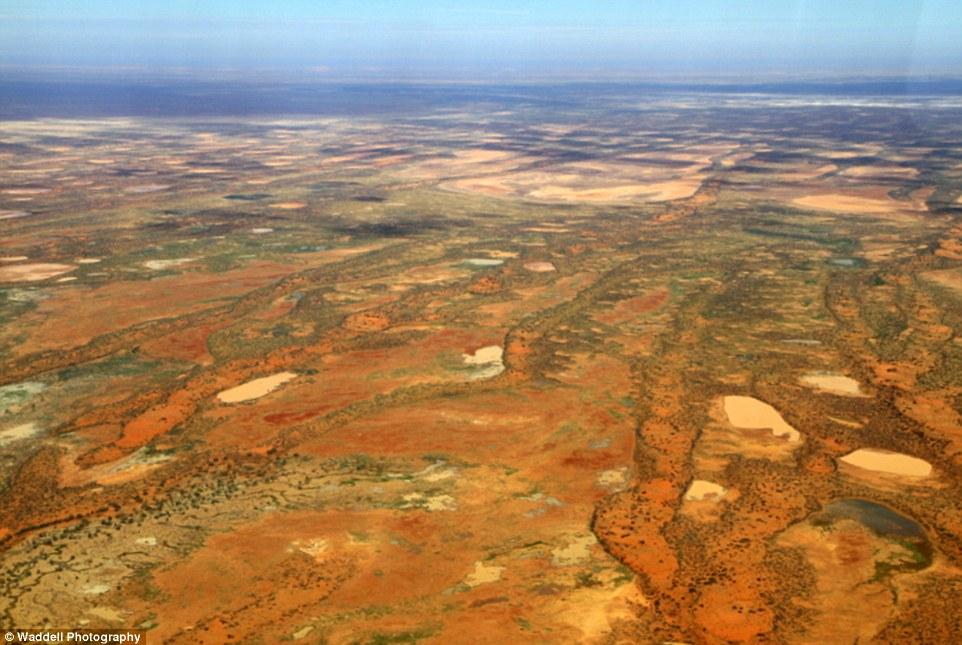 Cận cảnh khu đất đắt nhất hành tinh giá 7 nghìn tỉ 8