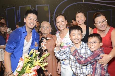 """Việt Nam Idol 2015: Top 6 """"Nhắn gửi yêu thương"""" đến những người thân yêu 2"""