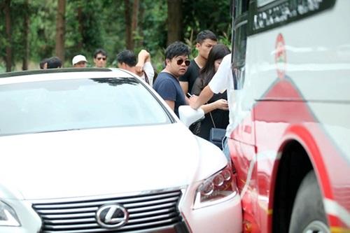Xe Lexus chở Quang Lê gây tai nạn ở Sapa 1