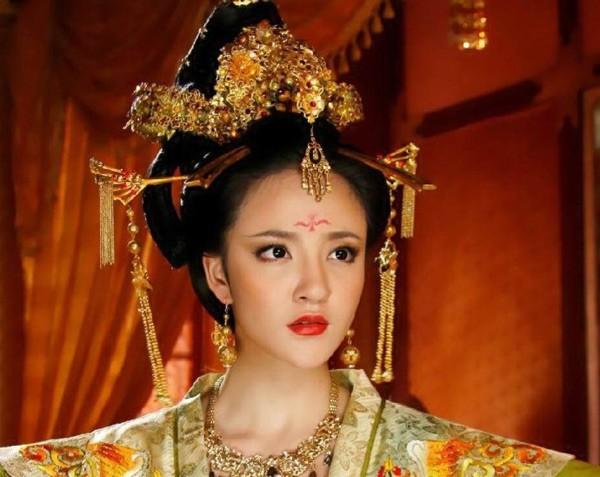 """Chuyện cao thủ """"hối lộ tình dục"""" trong hậu cung Trung Quốc 2"""