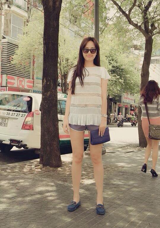 Học lỏm phong cách thời trang đường phố ngày hè của Mai Phương Thúy 5