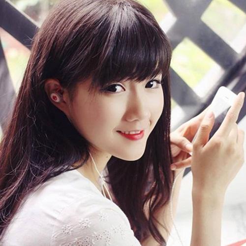 Ngắm 4 nữ sinh Việt xinh như thiên thần 4