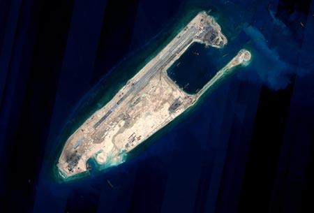 """'Các công trình của Trung Quốc tại Biển Đông là """"miếng mồi"""" cho quân đội Mỹ' 5"""