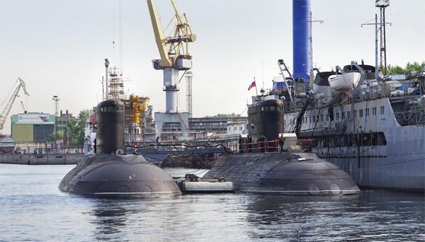 Tàu ngầm Kilo được vận chuyển đến Việt Nam như thế nào? 2