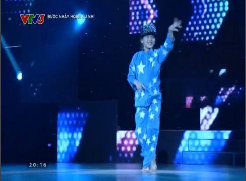 Bước nhảy hoàn vũ nhí 2015 tập 2: Thủy Tiên 'cướp' thí sinh 'mồ côi' xuất sắc 7