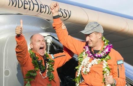 Máy bay năng lượng mặt trời lập kỷ lục chinh phục Thái Bình Dương 2