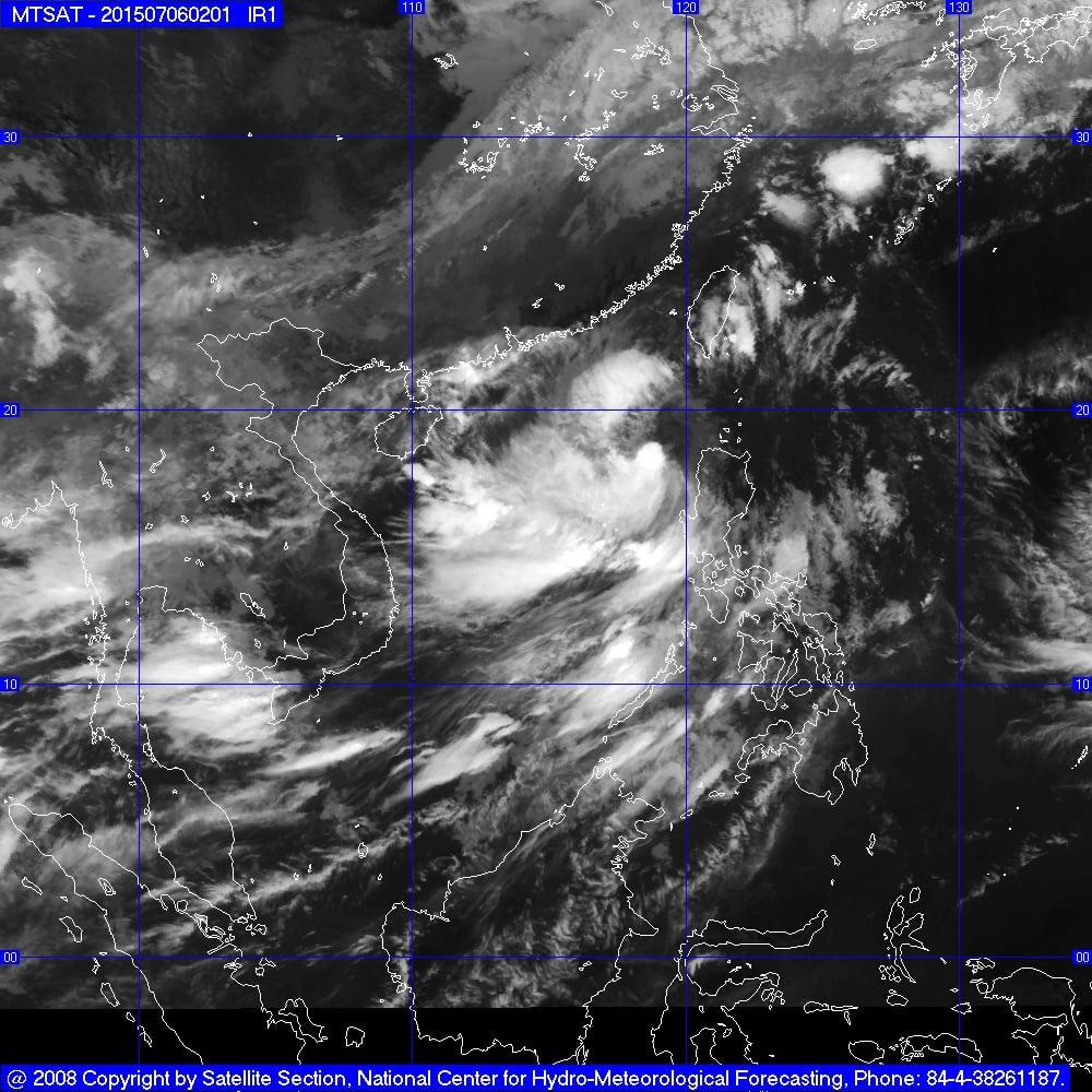 Diễn biến cơn bão số 2: Bão Linfa giật cấp 12, càn quét biển Đông 1