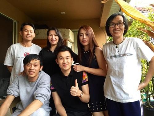 Gia đình 6 anh chị em của Hoài Linh 4