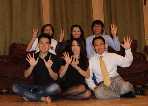 Gia đình 6 anh chị em của Hoài Linh 3