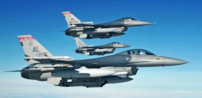 Video: Tận mắt uy lực chiến đấu cơ hàng đầu thế giới F-16 từ buồng lái 1