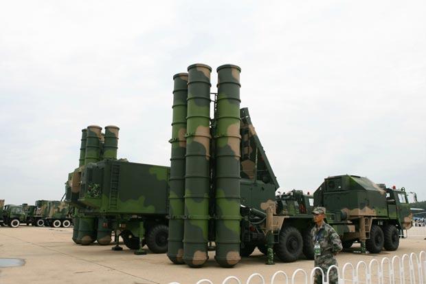 Trung Quốc đưa tên lửa phòng không HQ-9 đến sát biên giới Kashmir 1