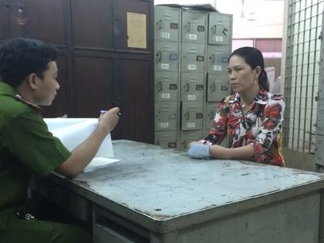 Video: Chiếc áo sặc sỡ giúp nhận diện 'nữ quái' trộm 5 lượng vàng 1