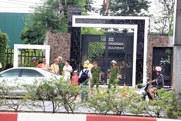 Bộ trưởng Bộ Công an chỉ đạo điều tra vụ sát hại cả gia đình ở Bình Phước 1