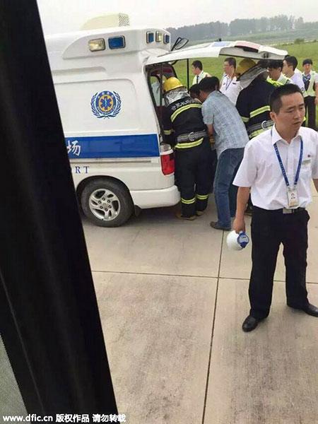 Đang bay, khoang hành lý máy bay Trung Quốc bốc cháy dữ dội 4