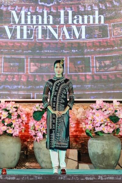 NTK Minh Hạnh nhận giải Nghệ thuật và Văn hóa của Nhật Bản 2015 4