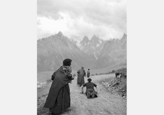 Chùm ảnh Phật tử hành hương đến Tây Tạng linh thiêng 3