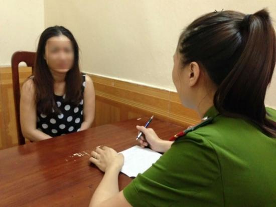 Hà Nội: Bắt tú bà U40 chứa gái mại dâm tại quán massage 1