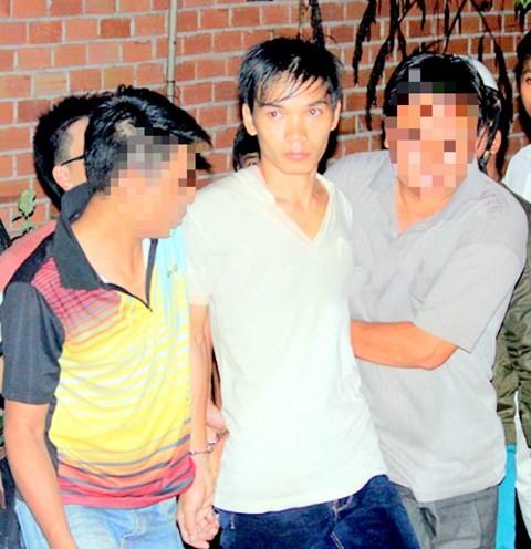 Hình ảnh Trọng án ở Bình Phước: Bố nghi can chết lặng khi hay tin con bị bắt số 2