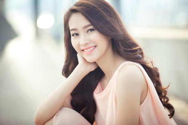 Hà Tăng, Hoa hậu Thu Thảo được khen trên truyền hình Hàn Quốc 2