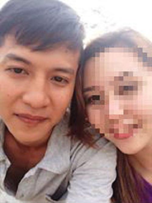 Thảm án ở Bình Phước: Nghi can ngày đêm túc trực ở đám tang 2