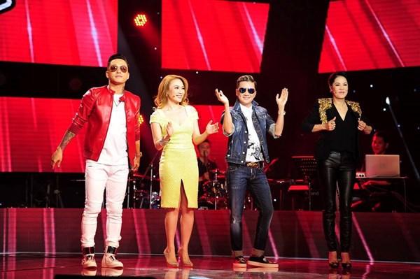 Giọng hát Việt 2015 liveshow 1: Vợ nhạc sĩ Phan Nhân xúc động trước tình cảm của thí sinh 7